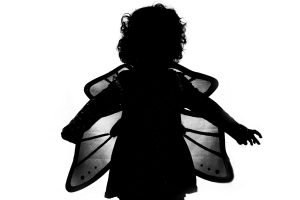 Create silhouette pictures with your kids