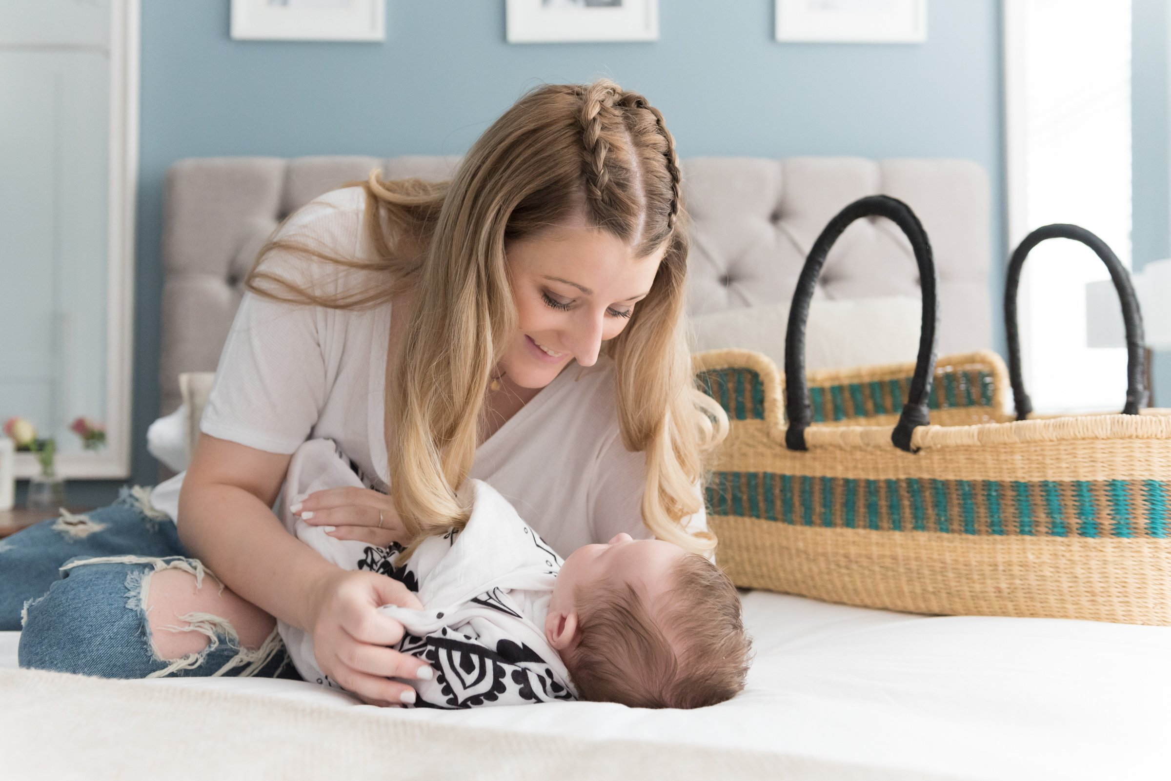 The Best Clothes To Wear For A Baby Photo Shoot At Home