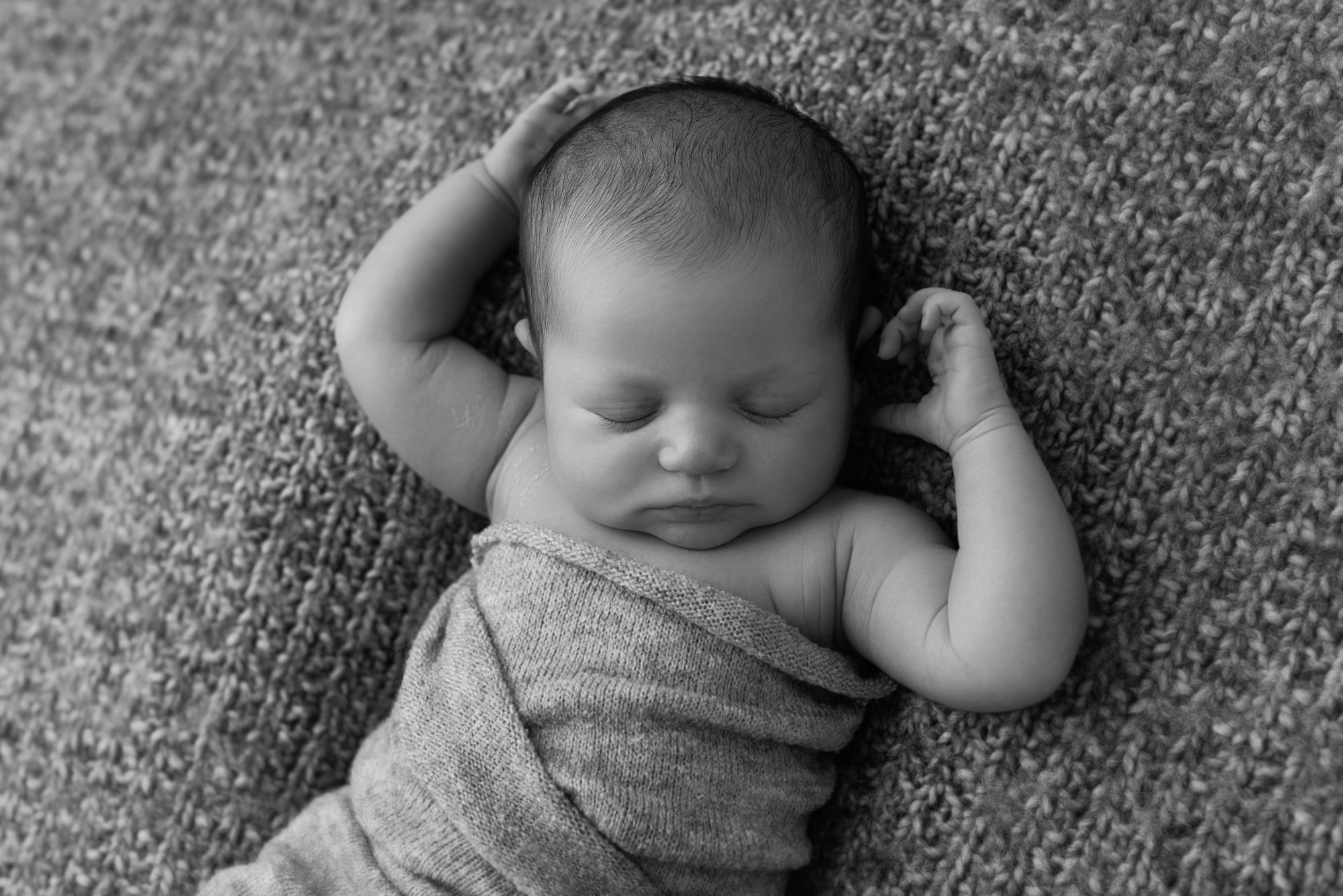 Natural newborn photography claygate surrey